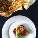 Ovnbagt linsefad med grønsager, brune ris & garam masala