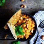 Curry med kikærter, quinoa & kokosmælk