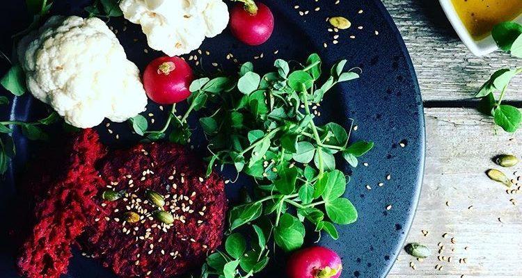 Mexi-rødbedebøffer med kidneybønner