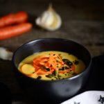 Gulerodssuppe med røde linser & kokosmælk