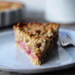 Tærte med bagte rabarber & crumble
