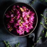 Cremet rødbedesalat med peberrod & valnødder