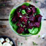 Rødbeder med quinoa, spinat & hvidløg