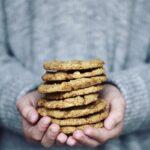 Sundere cookies med citron & hvid chokolade (veganske cookies)