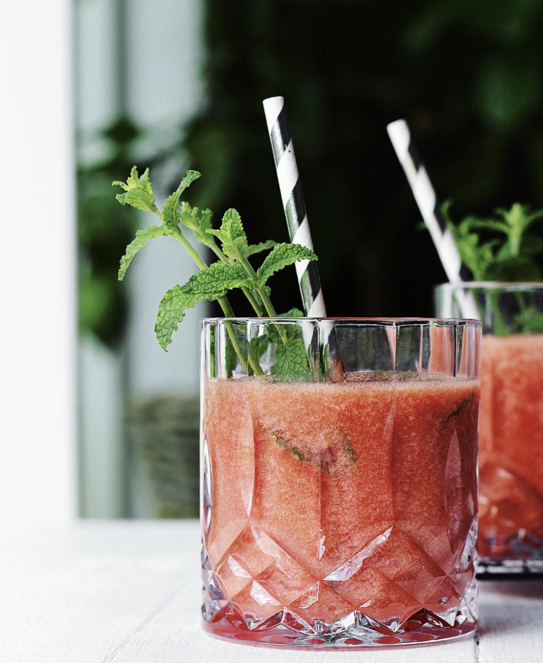 Vandmelon-jordbærdrik